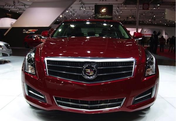 Cadillac привез в Париж седан ATS для Европы