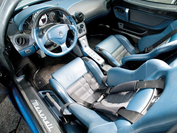 Maserati MC12 будет выставлен на аукцион в Лондоне