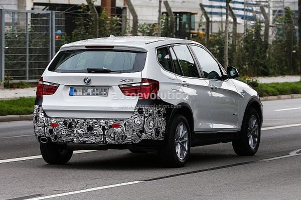 BMW готовит обновленный кроссовер X3 F25
