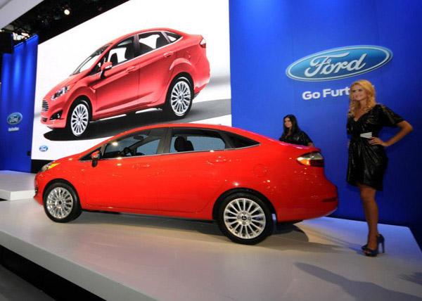 Ford анонсировал рестайлинговый седан Fiesta