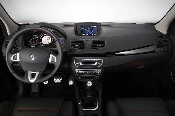 В Бразилии дебютировал Renault Fluence GT