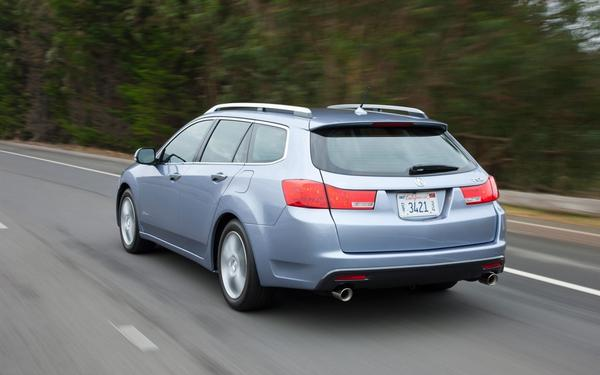 Acura опубликовала цены на универсал TSX 2013
