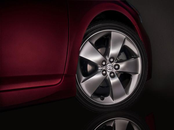Toyota Prius Persona Series - эксклюзив для США