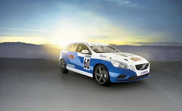 Volvo показала новый болид V60 Racing Wagon