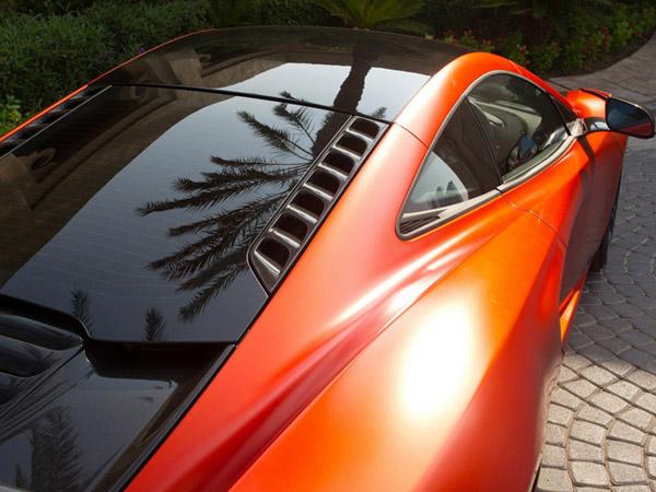 McLaren MP4-12C получил карбоновые аксессуары