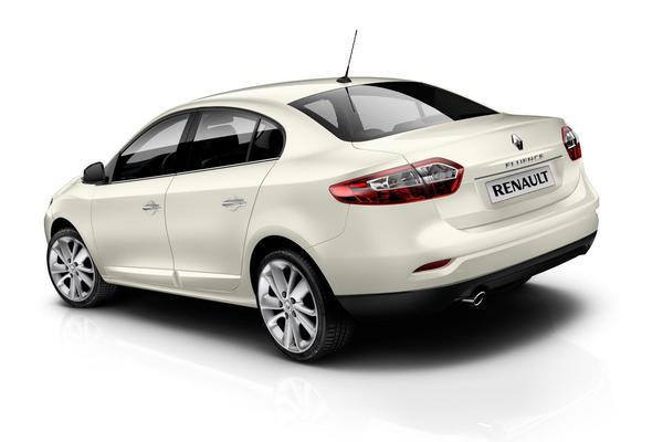 Renault представил седан Fluence 2013 года
