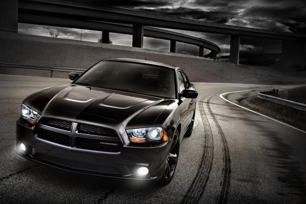 Dodge создал версию Blacktop для своих седанов