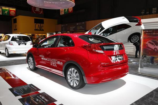 Новый Honda Civic 1,6 I-DTEC SE оценен в 31 100$