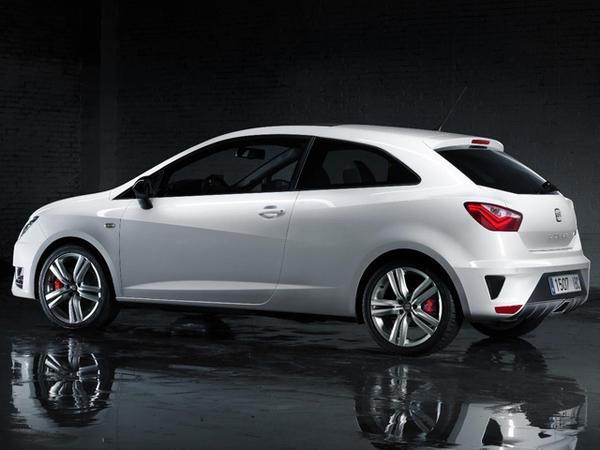 SEAT представил «горячий» хэтчбек Ibiza Cupra 2013