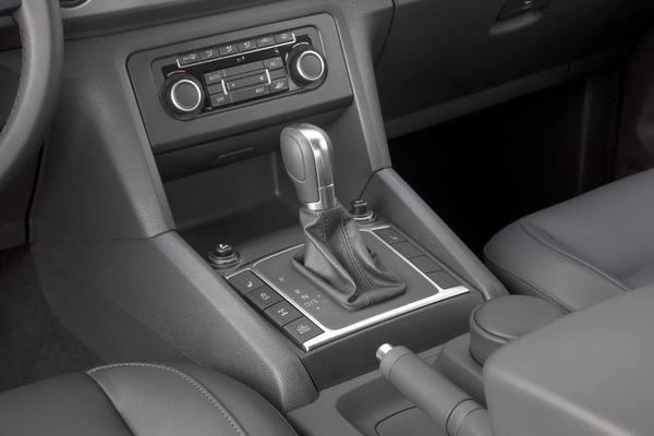 Volkswagen Amarok 2013 поступил в продажу