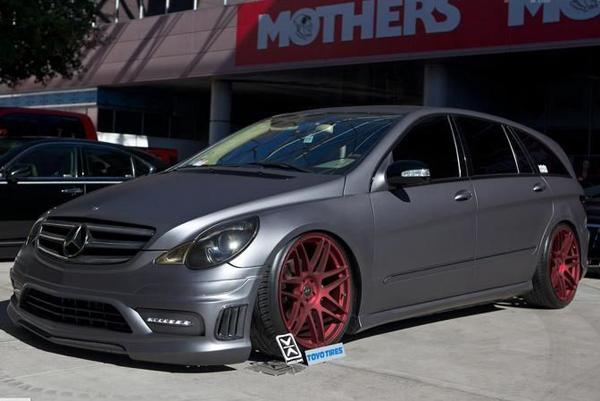 Infinite Auto Design доработал Mercedes R500