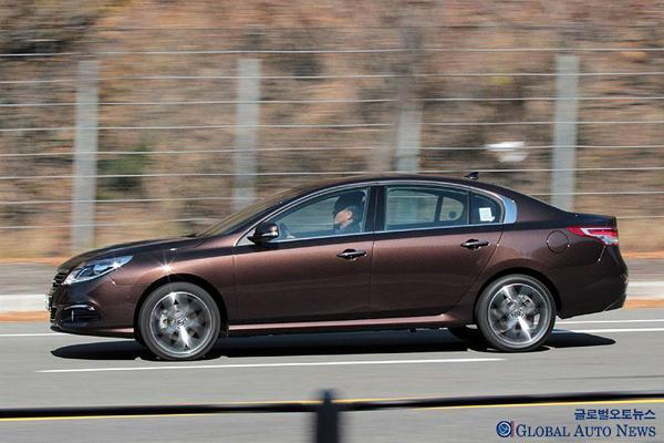 Renault Samsung Motors обновил седан SM5