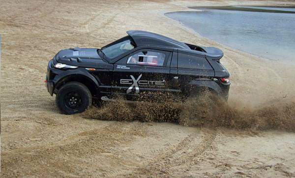 Range Rover Evoque стал болидом «Desert Warrior 3»