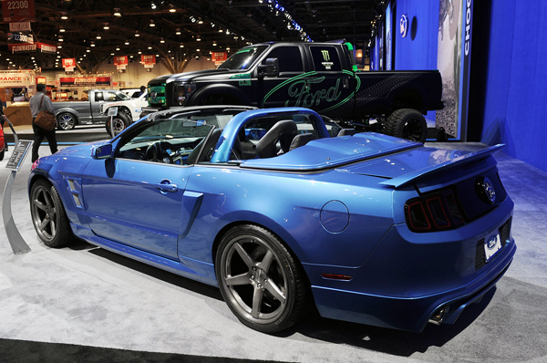 Ford Mustang V6 Convertible в тюнинге Stitchcraft