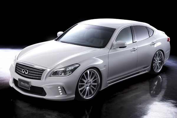 Wald International доработал Infiniti M (Nissan Fuga)