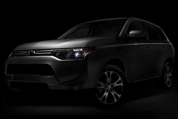 Mitsubishi привезет в Лос-Анджелес Outlander 2014