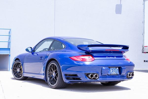 Jotech Motorsports форсировал Porsche 911 Turbo S