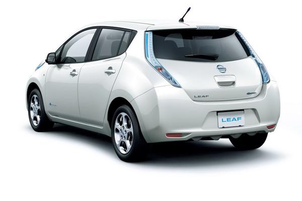 Nissan анонсировал обновленный Leaf 2013