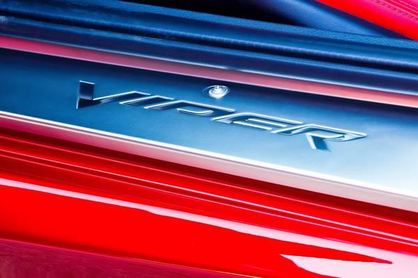 Dodge SRT Viper 2013 поступил в продажу