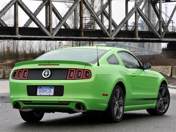 Ford объявил стоимость Mustang 2014 в США