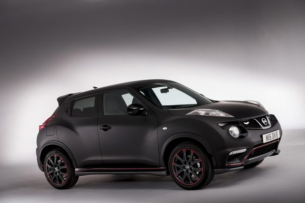 Nissan подготовил Juke Nismo Dark Knight Edition