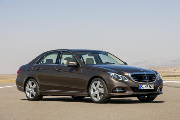 Mercedes-Benz полностью рассекретил E-Class 2014