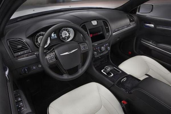Chrysler 300 Motown Edition покажут в Детройте