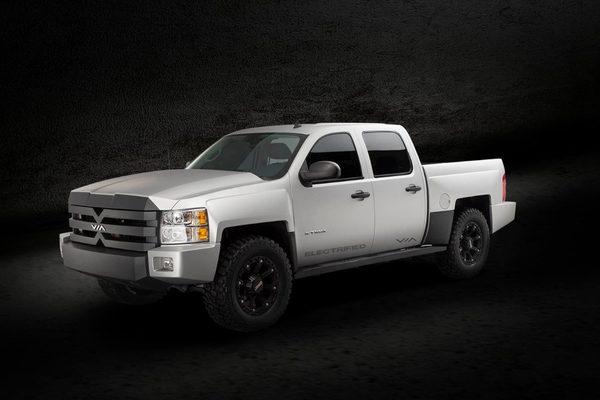 В Детройте показали гибридный пикап VIA X-Truck