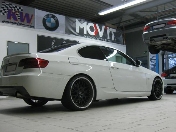 Manhart Racing работает над 500-сильным BMW 335i