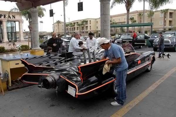 Первый автомобиль Бэтмена продали за 4 620 000$