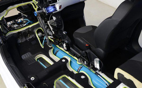 Peugeot-Citroën разработал гибрид без батареи