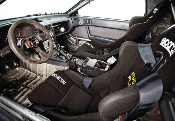 Mazda RX-7 1988 года – 365-сильный дрифт-кар