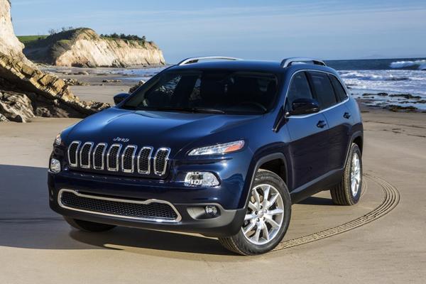 Jeep Cherokee 2014 - первые официальные фото