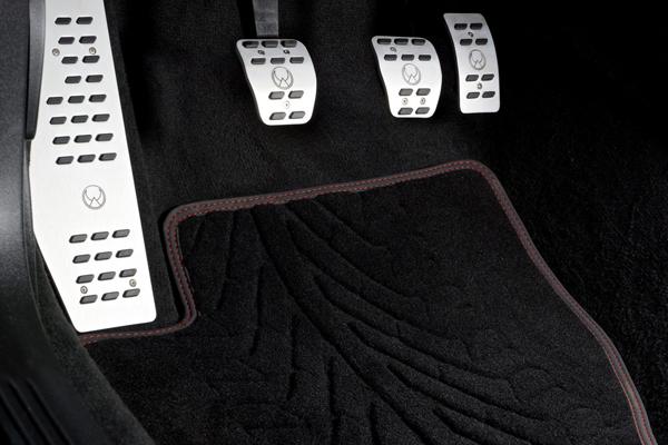 Volvo V40 Pirelli Special Edition от Heico Sportiv