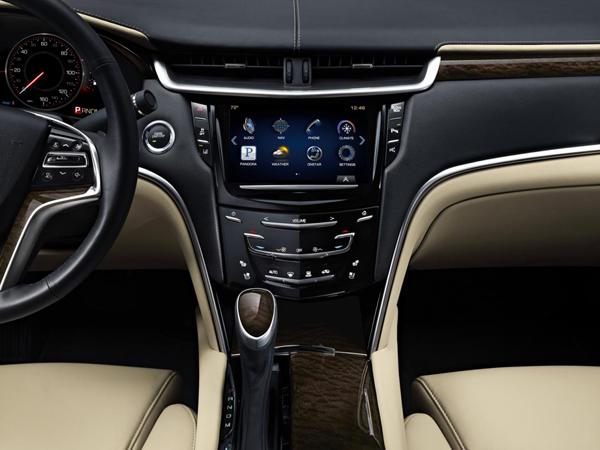 Cadillac XTS получил новый твин-турбо мотор V6