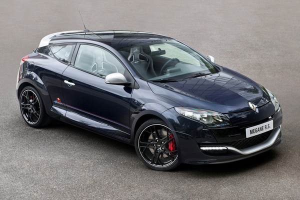 Renault рассекретил Megane RS Red Bull Racing RB8