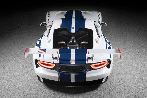 SRT представил гоночный Viper GT3-R для Ле-Мана
