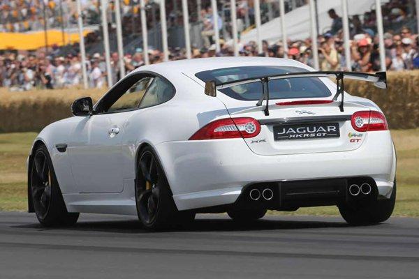 Jaguar построит еще 10 экземпляров купе XKR-S GT