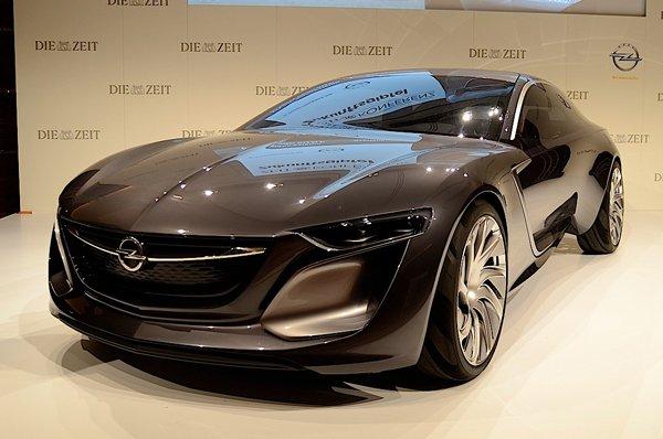Opel провел мировой дебют концепт-кара Monza