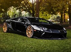 Lamborghini Aventador в обвесе PUR Wheels
