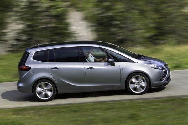 Opel представил 200-сильный Zafira Tourer