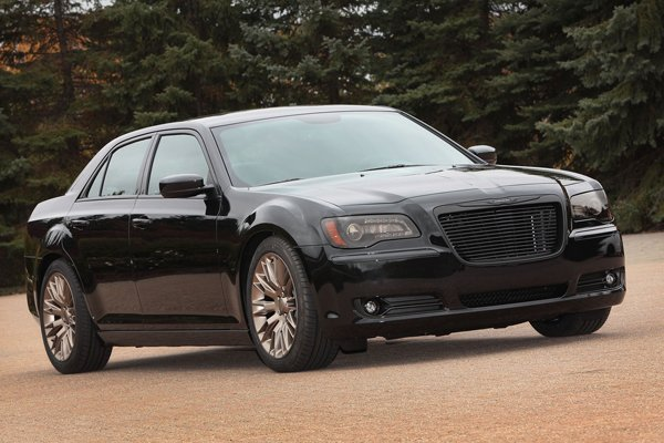 Ram Sun Chaser и Chrysler 300S от Mopar
