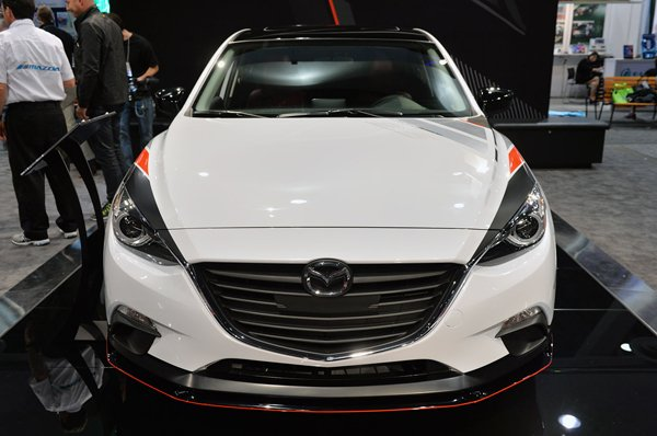 SEMA 2013: Club Sport 3 и Vector 3 от Mazda