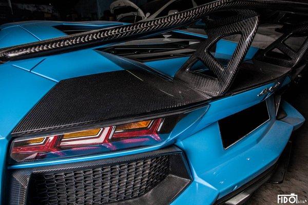 Голубой Ламборджини Авентадор LP700-4 от Premiere Autowerkz