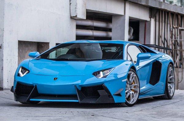 Голубой Lamborghini Aventador LP700-4 от Premiere Autowerkz