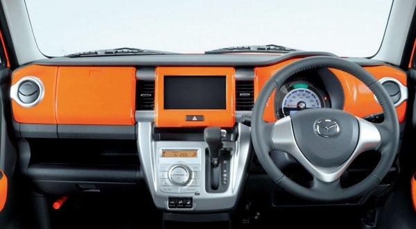Mazda покажет в Токио миниатюрный кроссовер Flair