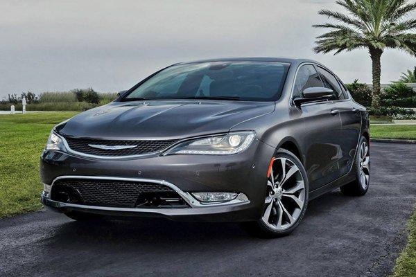 В Детройте покажут новое поколение Chrysler 200