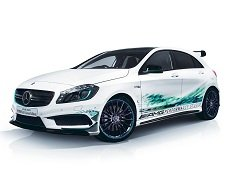 Mercedes-Benz представил A45 AMG Petronas Green Edition
