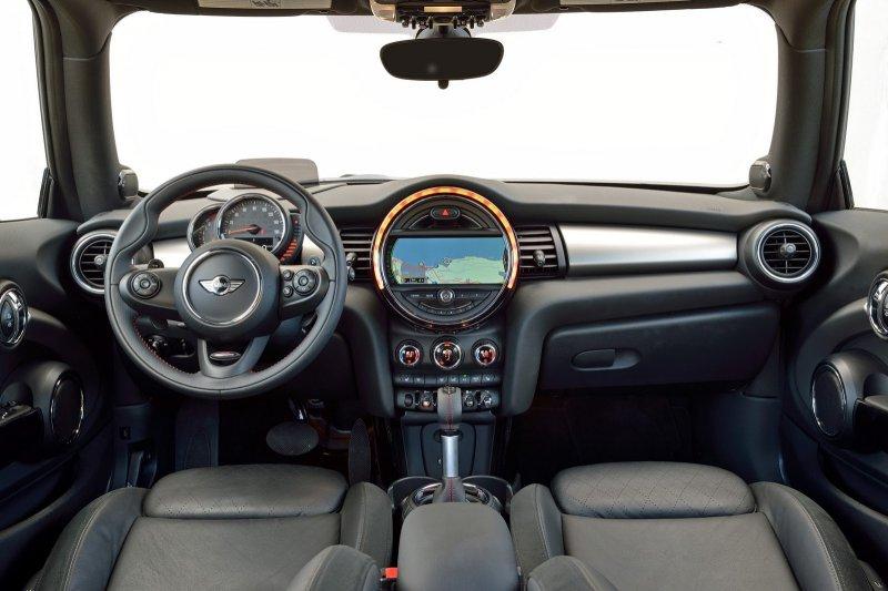 MINI Cooper оснастили двумя новыми моторами
