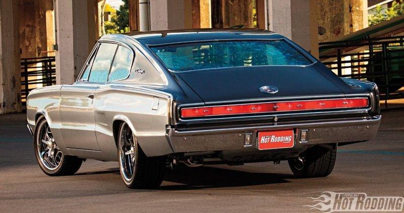 Dodge Charger 1966 с двигателем HEMI V8 III